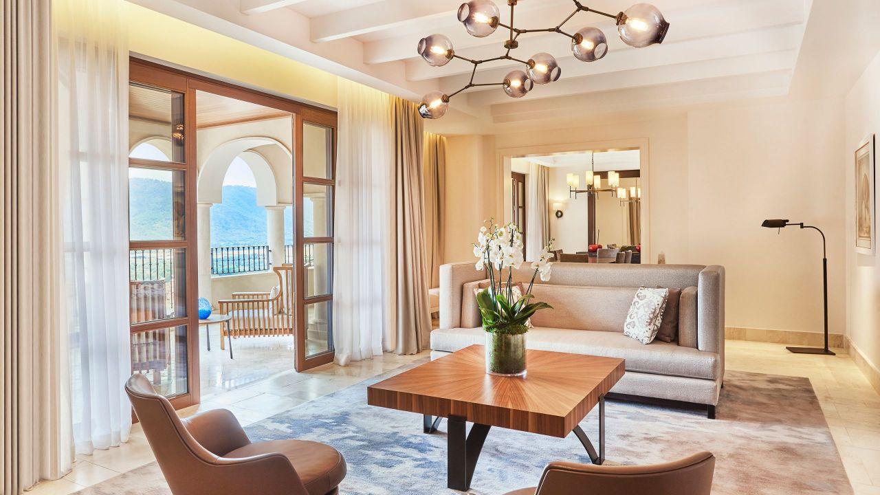 Park-Hyatt-Mallorca-P438-Presidential-Suite-Living-Room.16x9.adapt.1280.720