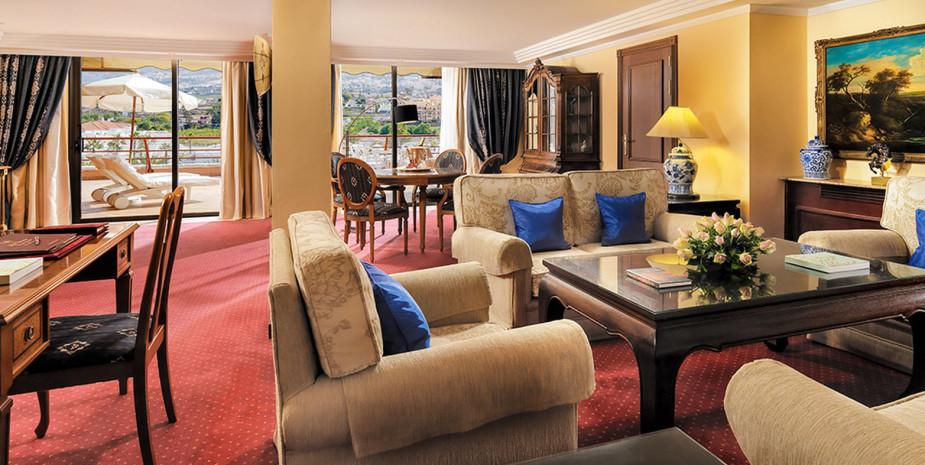 Vista-general-salón-Suite-504-Copiar-925x465