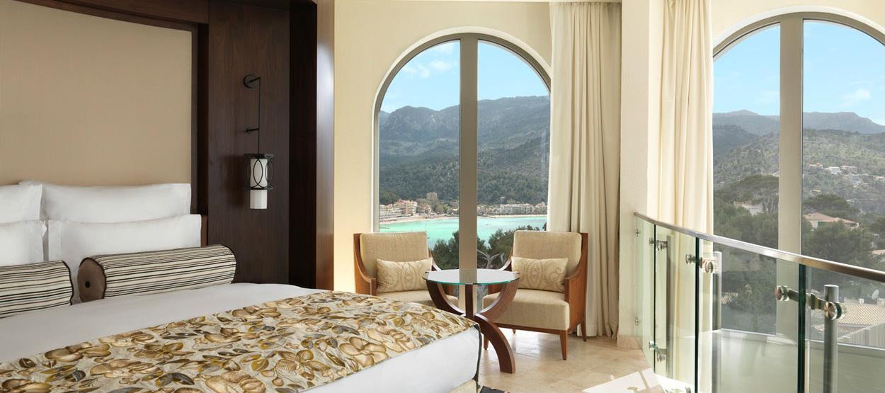 jumeirah-port-soller-hotel-n-spa---lighthouse-bedroom