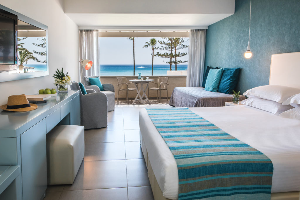 Beach-bungalow_Nissi-Beach-Resort_Ayia-Napa_Cyprus-4-1024x683