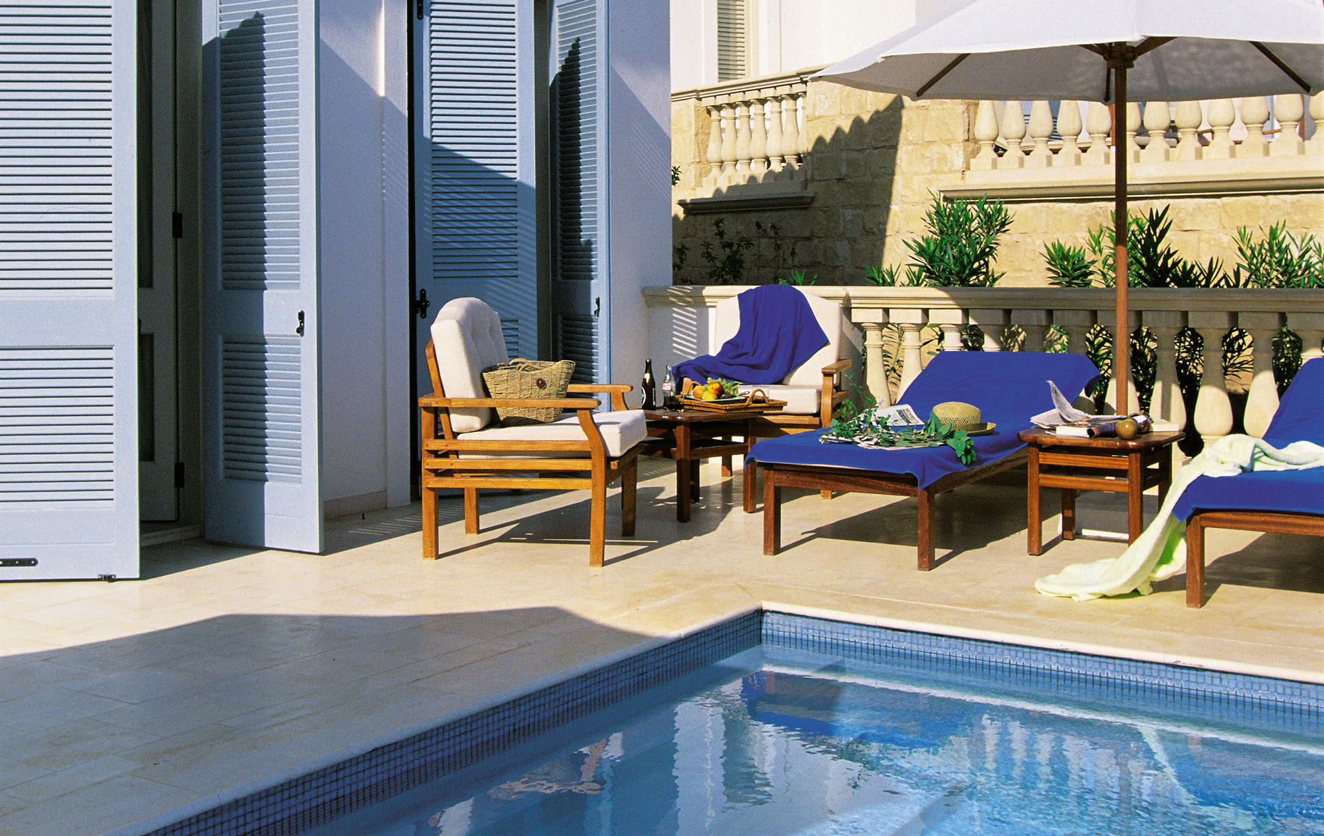 rooms-garden-studio-with-private-pool-2B